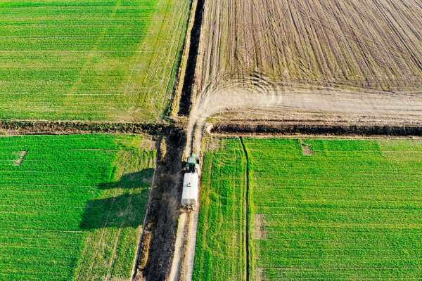 Agricoltura lavorare con i droni drone pro service