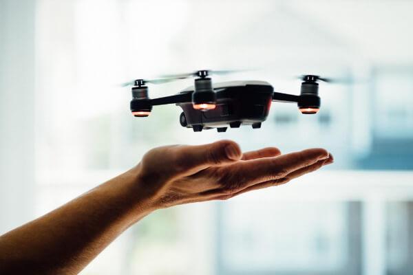 distacco intonaco per umidità chiama drone pro service