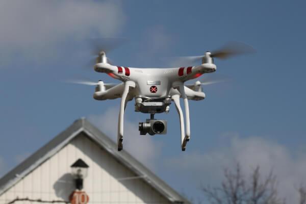 Chiama Drone pro service per video promozionali